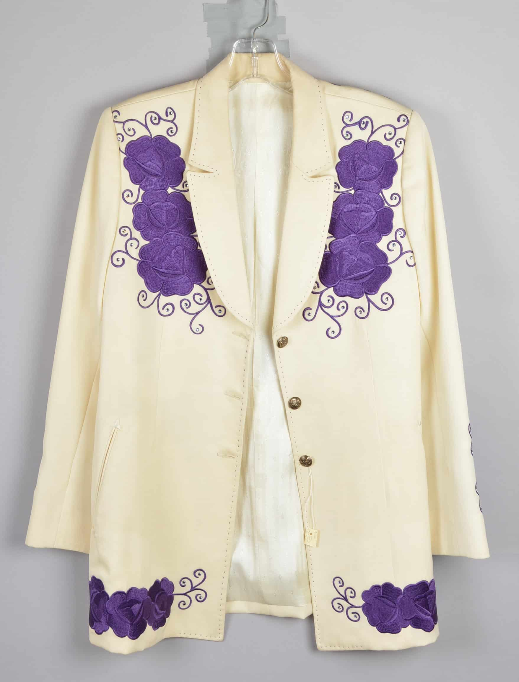 Rosanne Cash wore this Manuel jacket, embellished with embroidery and rhinestones, at a music festival in Basel, Switzerland, November 7, 2009.