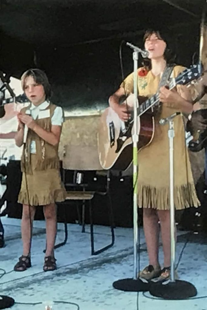 Twelve-year-old Shania Twain and her younger sister Carrie performing at Toronto station CFGM for the syndicated radio program, Opry North, June 28, 1987.