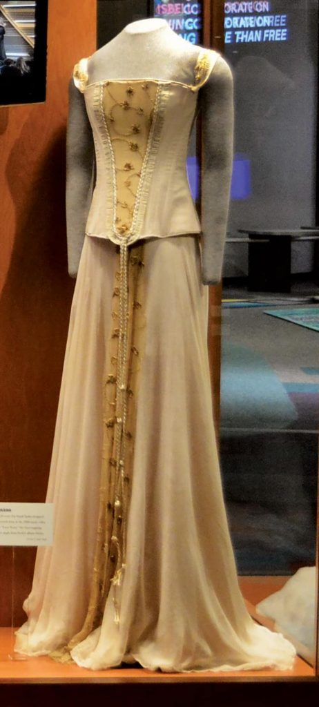 """Taylor Swift wore this dress for her 2008 music video, """"Love Story."""""""