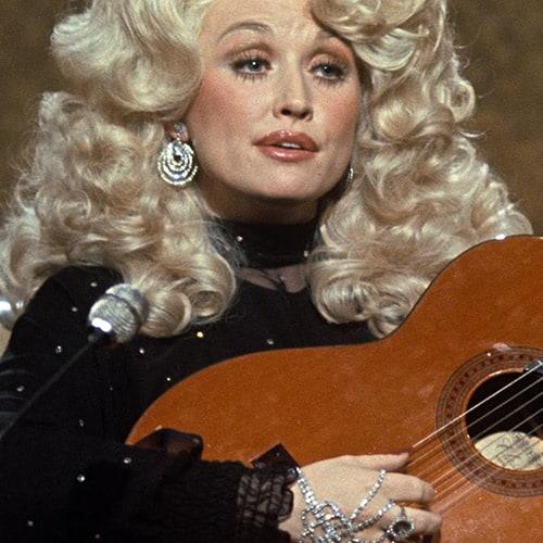 WM-Dolly-Parton-Bio
